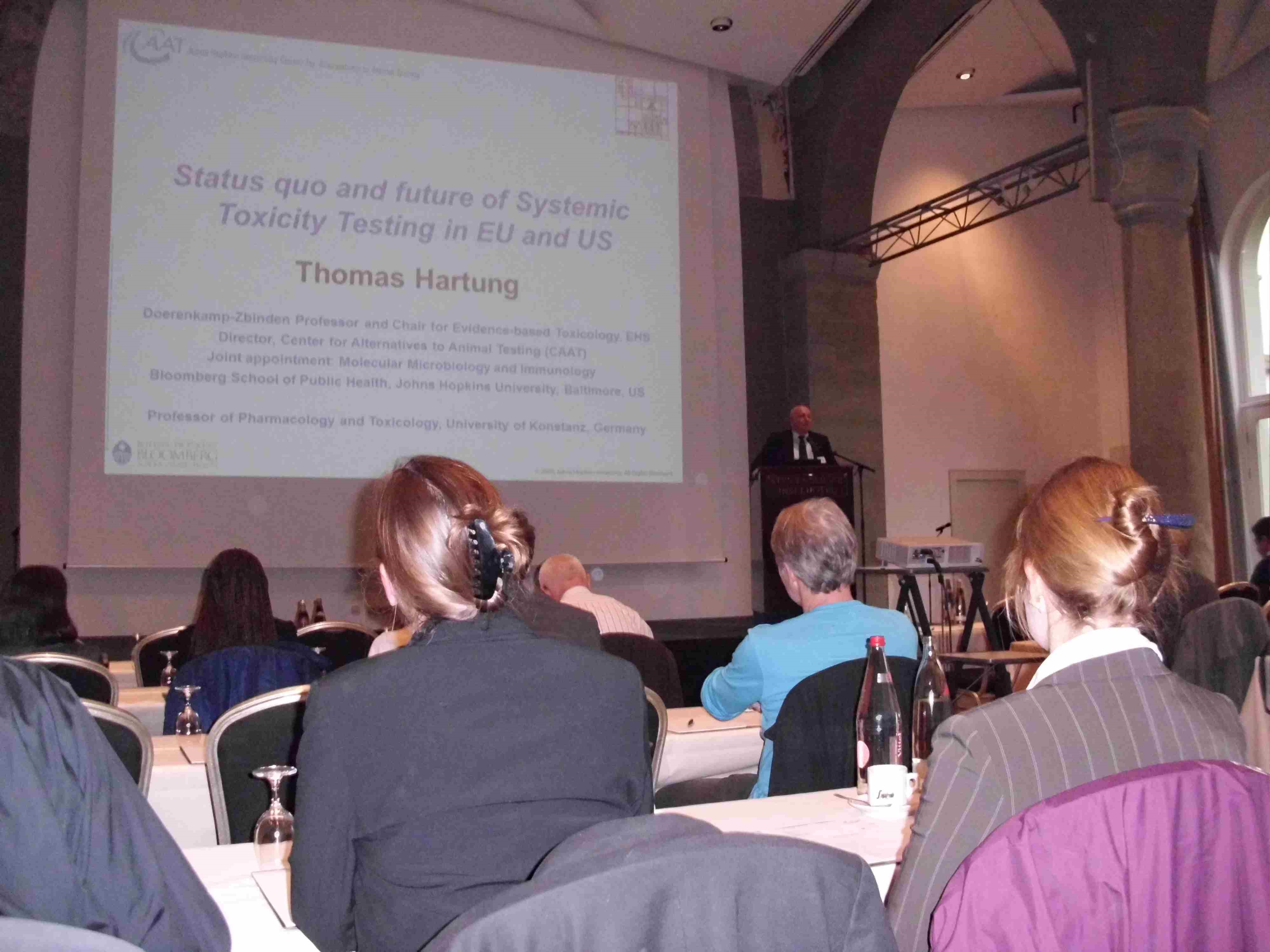 Arbeitsgruppe im Portrait: Center for Alternatives to Animal Testing ...